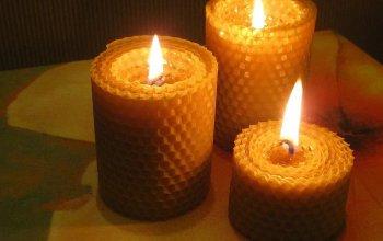 Свечи из натурального воска и вощины