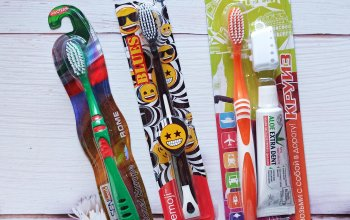 Также в нашем интернет-магазине есть зубные щетки