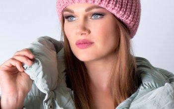 Женские вязаные шапки уже в продаже!!!