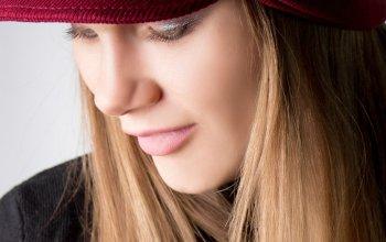 Женские шапки с козырьком уже на сайте!